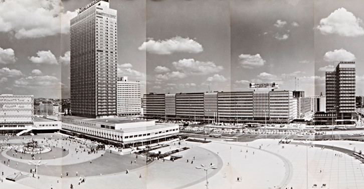 Radikal-Modern_Heinz-Lieber_Panorama-Alexanderplatz_726x378_3
